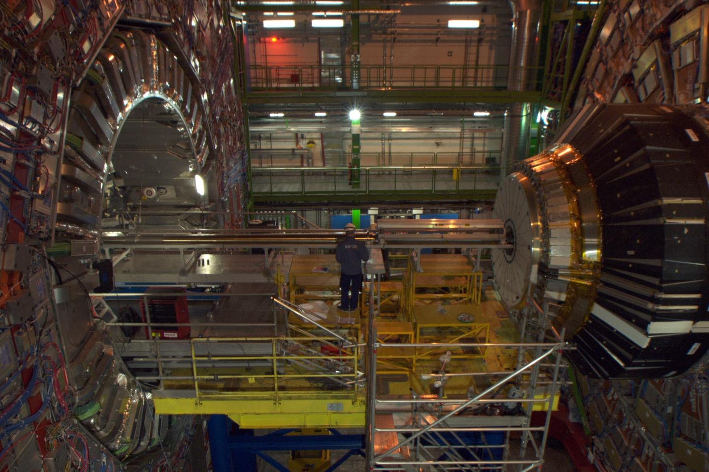 欧洲核子研究组织如何预测新的流行数据集